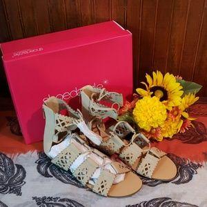 Shoe Dazzle New** Ladies Brendaly sandals